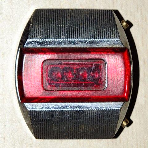 Первые наручные электронные часы в СССР